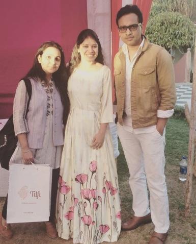 Akansha with RJ Vikas & RJ Pooja from Radio Mirchi